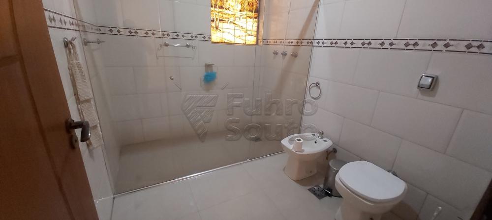 Alugar Casa / Padrão em Pelotas R$ 4.800,00 - Foto 11