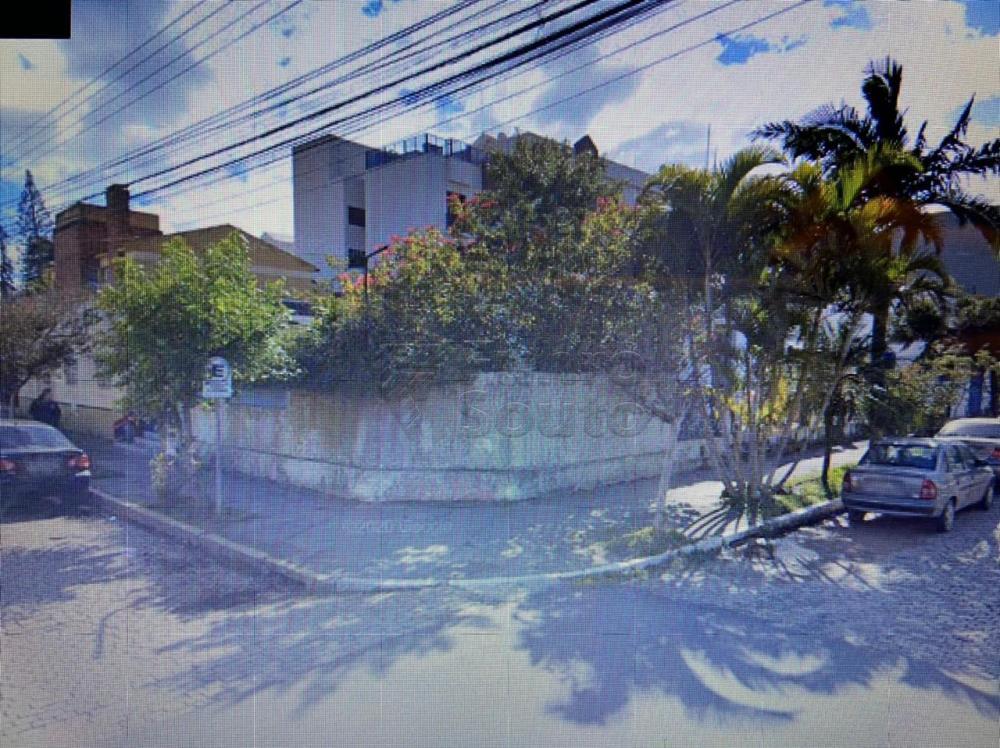 Comprar Terreno / Padrão em Pelotas R$ 1.600.000,00 - Foto 1