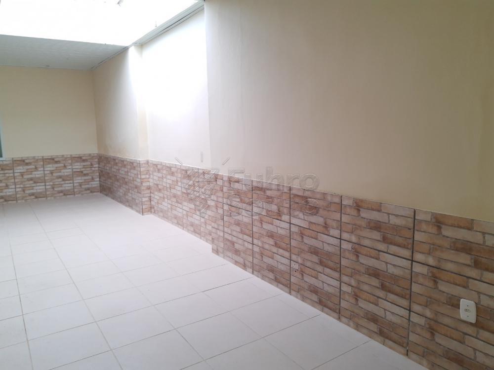 Alugar Casa / Padrão em Pelotas R$ 2.000,00 - Foto 16