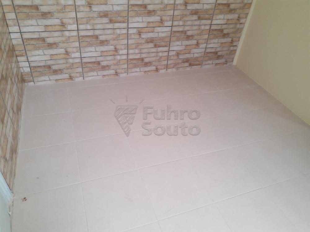 Alugar Casa / Padrão em Pelotas R$ 2.000,00 - Foto 17