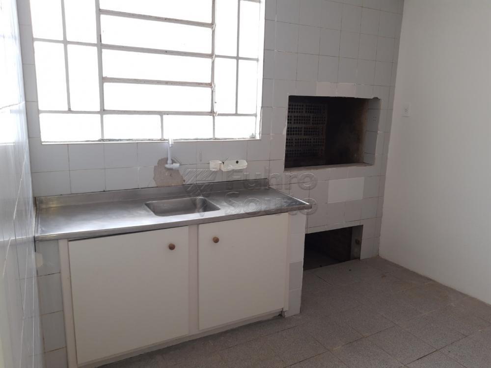 Alugar Casa / Padrão em Pelotas R$ 2.000,00 - Foto 19