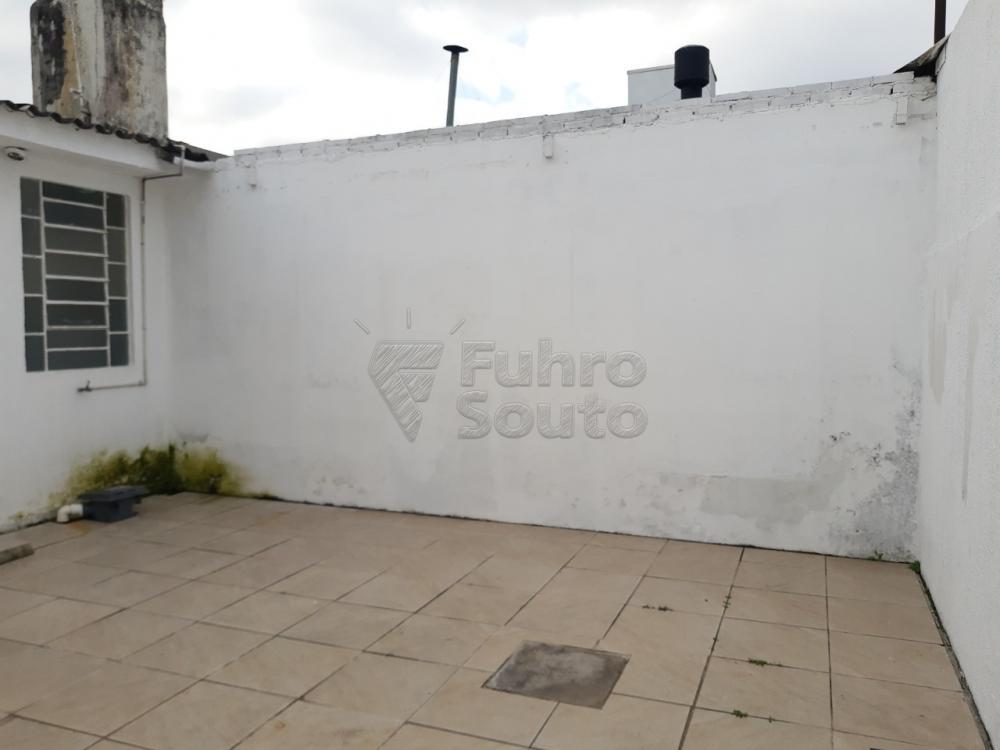 Alugar Casa / Padrão em Pelotas R$ 2.000,00 - Foto 25