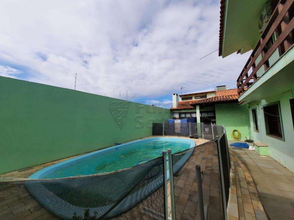 Comprar Casa / Padrão em Pelotas R$ 530.000,00 - Foto 22