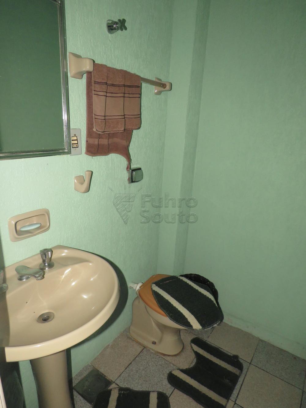 Alugar Comercial / Prédio em Pelotas R$ 5.000,00 - Foto 17