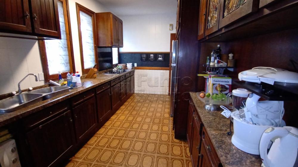 Comprar Casa / Padrão em Pelotas R$ 2.500.000,00 - Foto 9