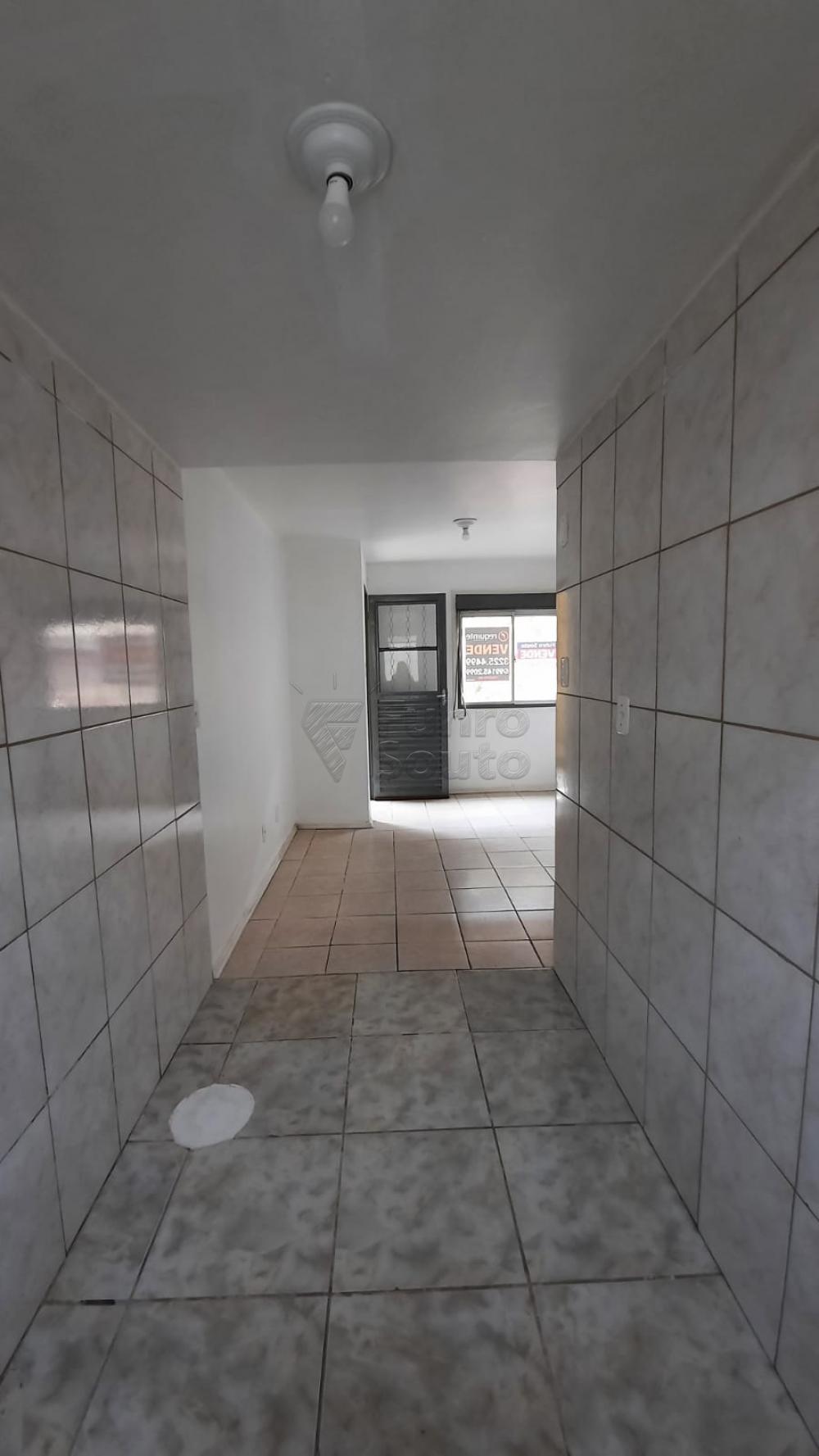 Comprar Apartamento / Padrão em Pelotas R$ 110.000,00 - Foto 10