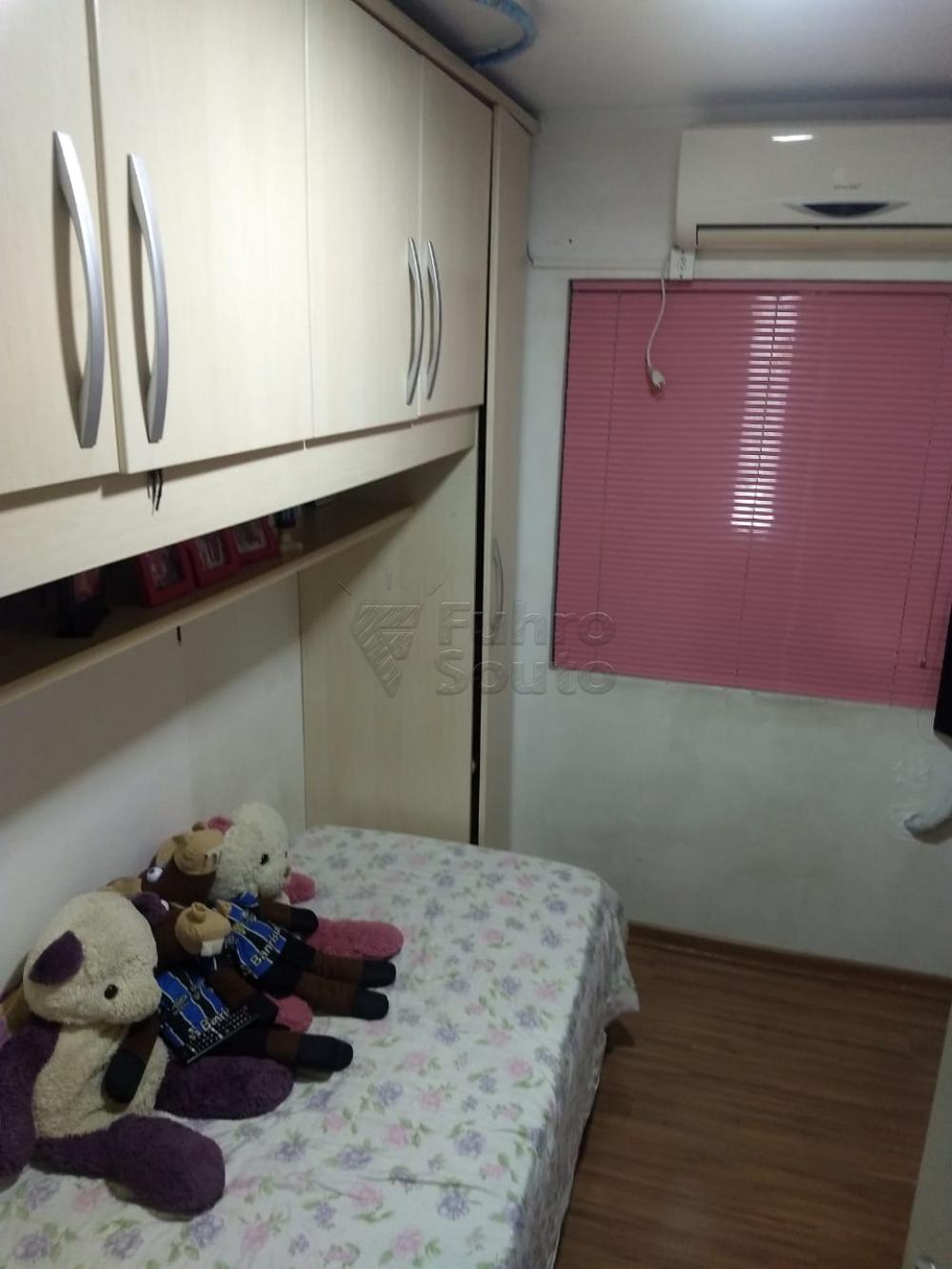 Comprar Apartamento / Padrão em Pelotas R$ 186.000,00 - Foto 5