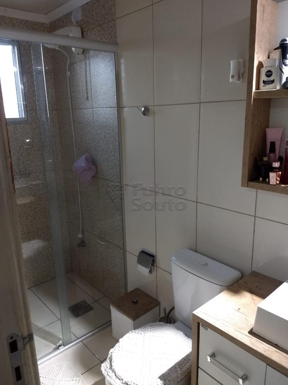 Comprar Apartamento / Padrão em Pelotas R$ 186.000,00 - Foto 8