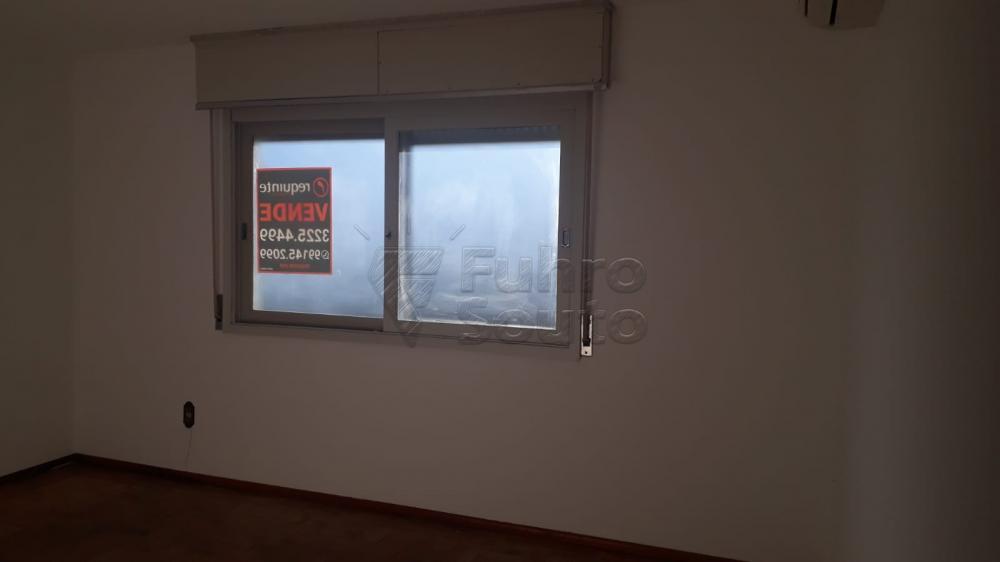 Comprar Apartamento / Padrão em Pelotas R$ 410.000,00 - Foto 17