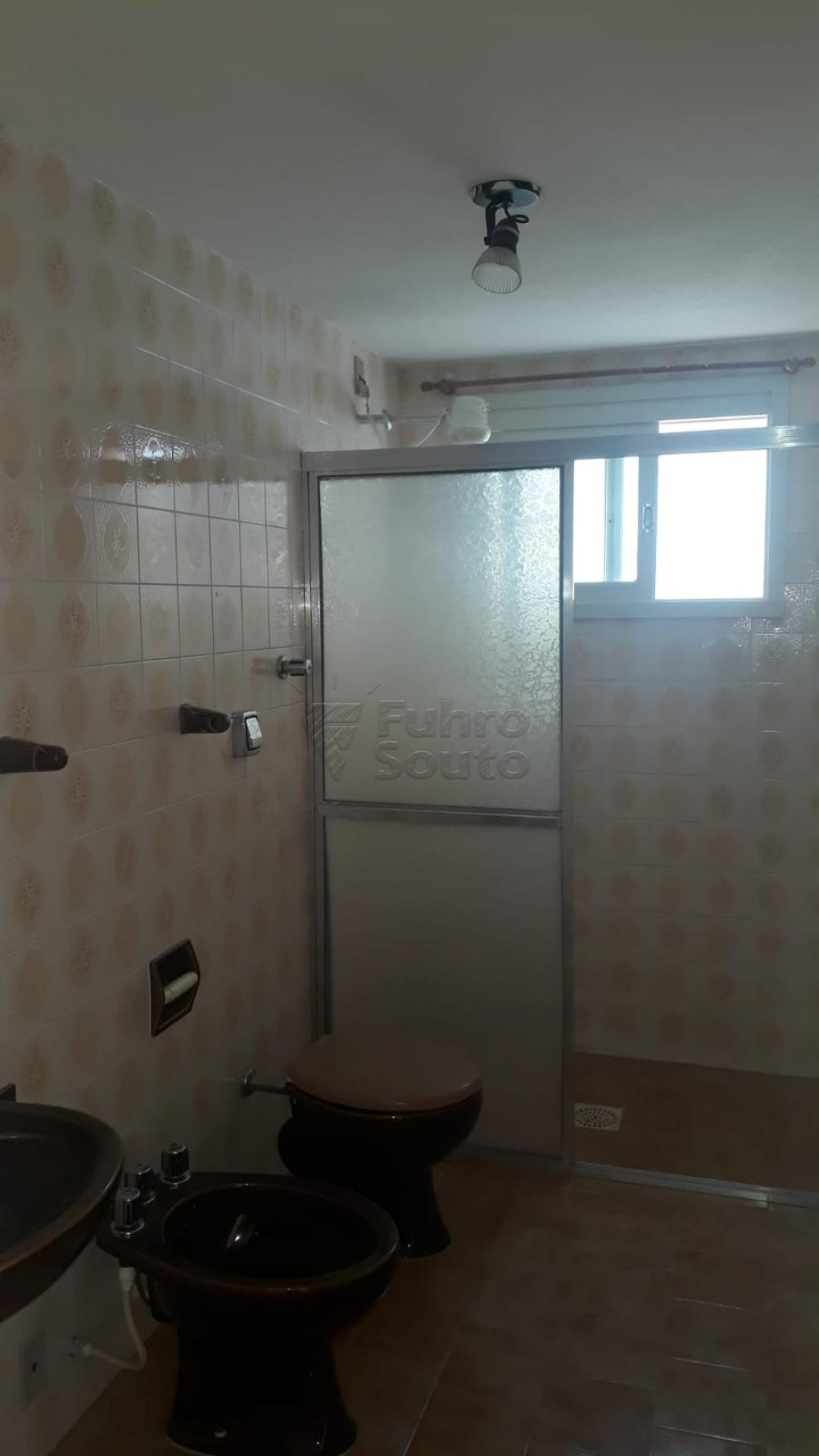 Comprar Apartamento / Padrão em Pelotas R$ 410.000,00 - Foto 20