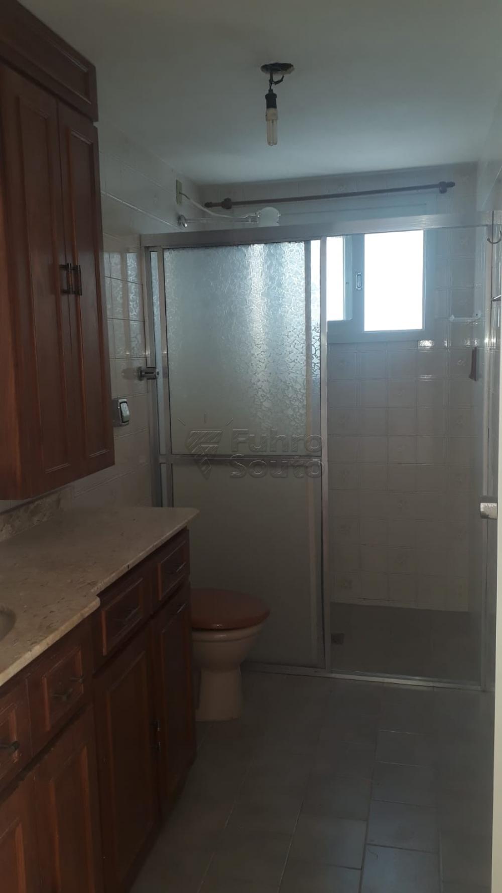 Comprar Apartamento / Padrão em Pelotas R$ 410.000,00 - Foto 21