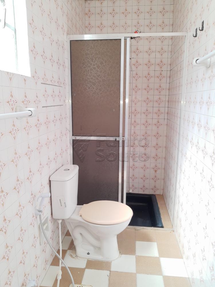 Alugar Casa / Padrão em Pelotas R$ 750,00 - Foto 13