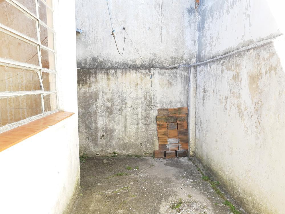 Alugar Casa / Padrão em Pelotas R$ 750,00 - Foto 16