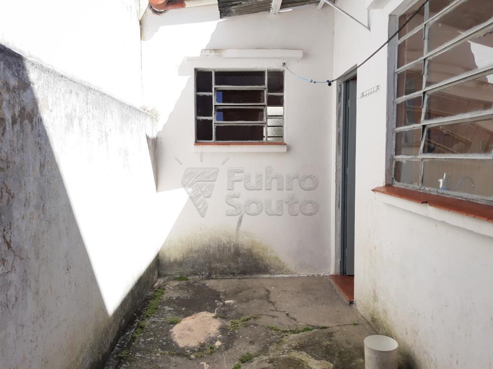 Alugar Casa / Padrão em Pelotas R$ 750,00 - Foto 17