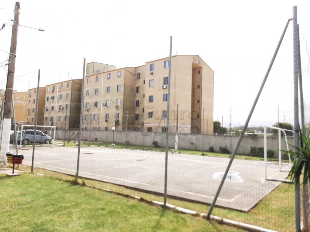 Comprar Apartamento / Padrão em Pelotas R$ 138.000,00 - Foto 4