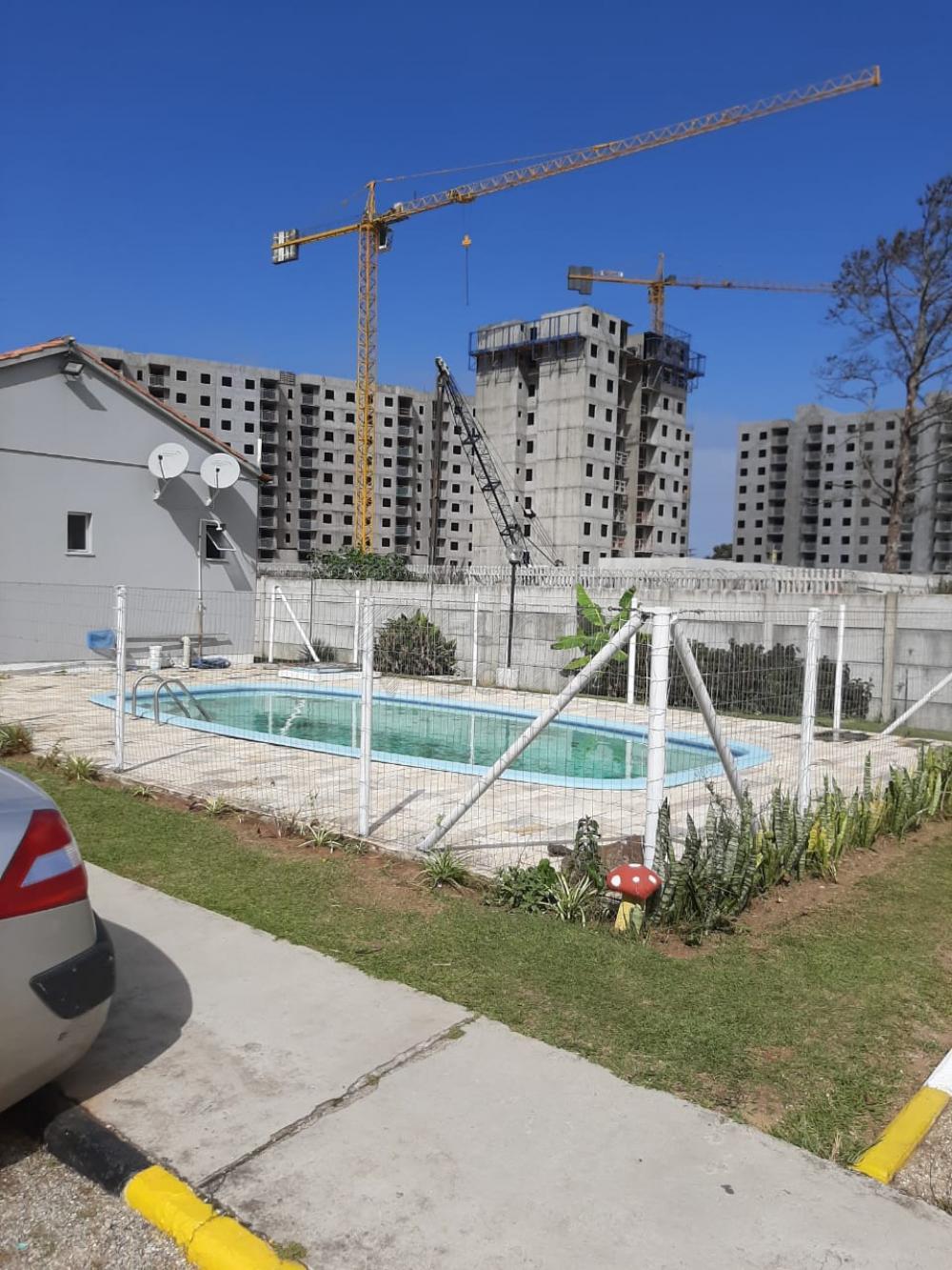 Comprar Apartamento / Padrão em Pelotas R$ 138.000,00 - Foto 2