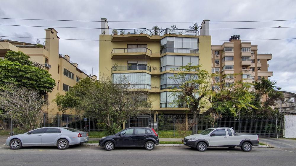Comprar Apartamento / Cobertura em Pelotas R$ 990.000,00 - Foto 1