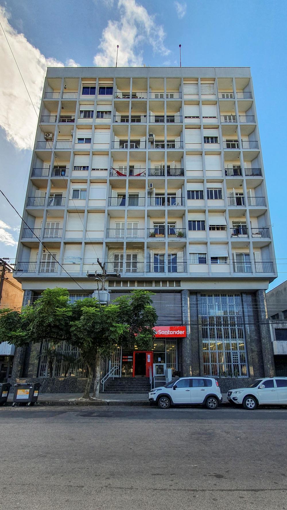 Comprar Apartamento / Padrão em Pelotas R$ 650.000,00 - Foto 1