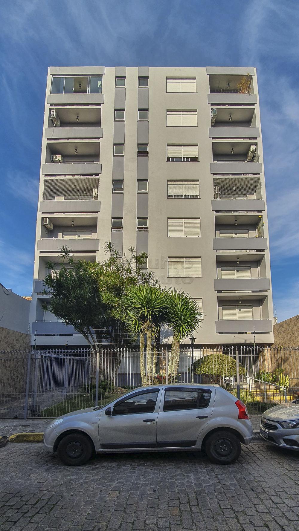 Comprar Apartamento / Padrão em Pelotas R$ 690.000,00 - Foto 1