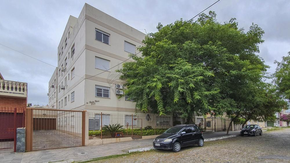 Comprar Apartamento / Padrão em Pelotas R$ 230.000,00 - Foto 1