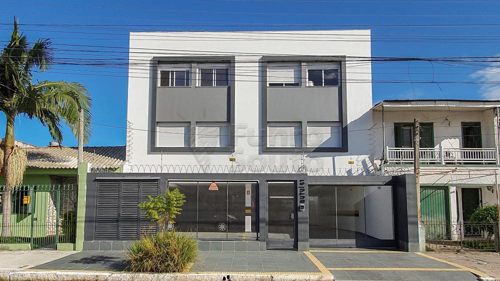 Comprar Apartamento / Padrão em Pelotas R$ 288.000,00 - Foto 1