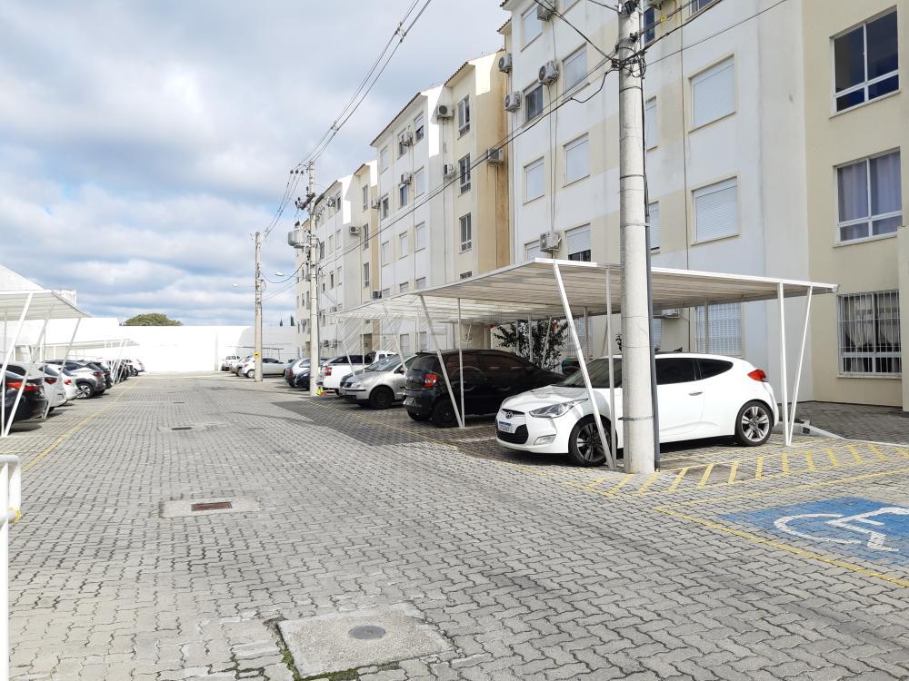 Comprar Apartamento / Padrão em Pelotas R$ 273.000,00 - Foto 3