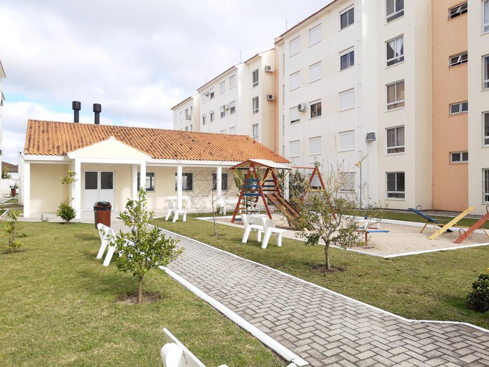 Comprar Apartamento / Padrão em Pelotas R$ 273.000,00 - Foto 6