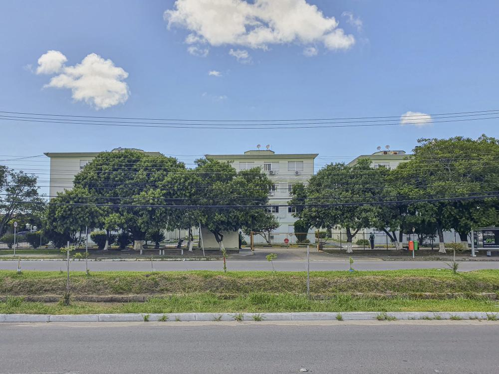 Comprar Apartamento / Padrão em Pelotas R$ 299.000,00 - Foto 1