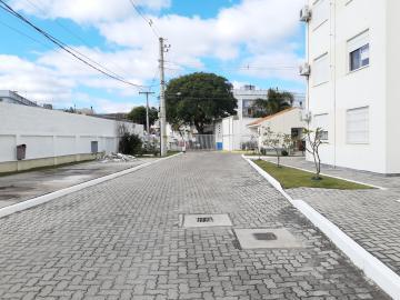 Comprar Apartamento / Padrão em Pelotas R$ 273.000,00 - Foto 2