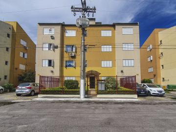 Comprar Apartamento / Padrão em Pelotas R$ 160.000,00 - Foto 1