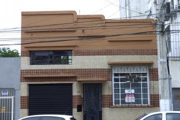 Alugar Comercial / Casa em Pelotas. apenas R$ 2.300,00