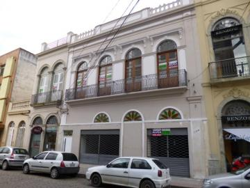 Alugar Comercial / Sala em Condomínio em Pelotas. apenas R$ 1.200,00