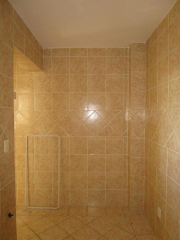 Box WC acrílico, cozinha, piso frio, sala de estar.