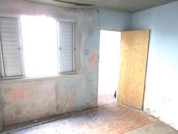 Alugar Casa / Padrão em Pelotas R$ 750,00 - Foto 3