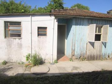 Alugar Casa / Padrão em Pelotas R$ 450,00 - Foto 2