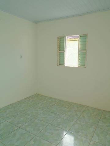 Alugar Casa / Padrão em Pelotas R$ 600,00 - Foto 8