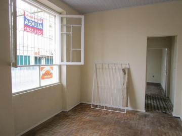 Box WC acrílico, cozinha, piso frio e parquet, posição solar frente leste e sul.