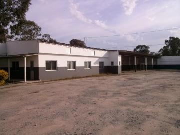Alugar Comercial / Prédio em Pelotas. apenas R$ 15.000,00