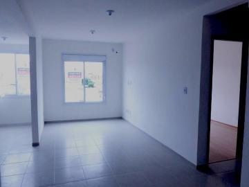 Alugar Casa / Condomínio em Pelotas R$ 900,00 - Foto 1