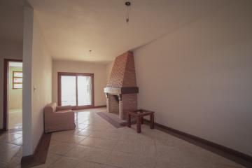 Alugar Casa / Padrão em Pelotas. apenas R$ 1.200.000,00