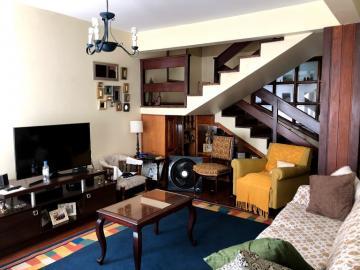 Alugar Casa / Padrão em Pelotas. apenas R$ 550.000,00