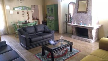 Alugar Casa / Padrão em Pelotas. apenas R$ 595.000,00