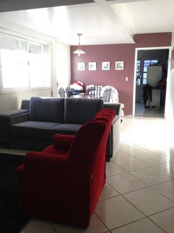 Comprar Casa / Padrão em Pelotas R$ 398.000,00 - Foto 1