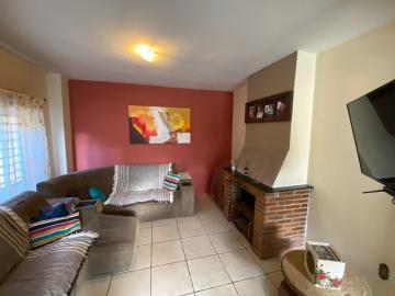 Alugar Casa / Padrão em Pelotas. apenas R$ 349.000,00
