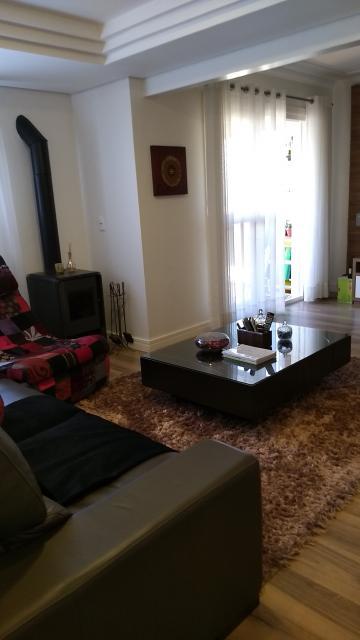 Alugar Apartamento / Padrão em Pelotas. apenas R$ 710.000,00