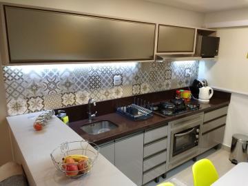 Comprar Apartamento / Padrão em Pelotas R$ 155.000,00 - Foto 3