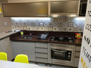 Comprar Apartamento / Padrão em Pelotas R$ 155.000,00 - Foto 6