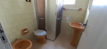 Alugar Casa / Padrão em Pelotas R$ 1.300,00 - Foto 6