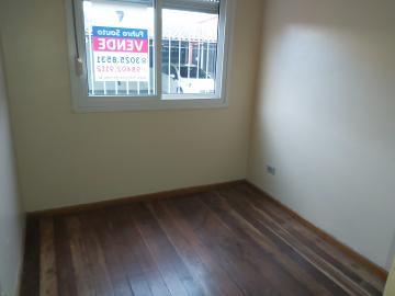 Alugar Apartamento / Padrão em Pelotas. apenas R$ 270.000,00