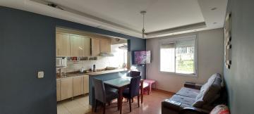 Alugar Apartamento / Padrão em Pelotas. apenas R$ 200.000,00